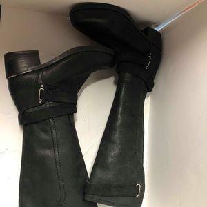 Women Ugg Darcie Boots on Poshmark